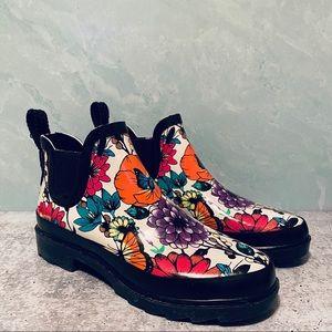 Sakroots Rhyme Women's Ankle Rain boots 6M